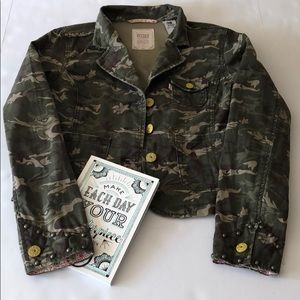 Levi's Tab Twill Floral Camouflage Jacket